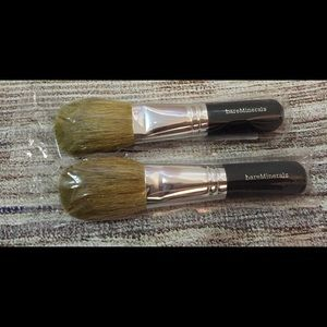 New bareminerals flawless application face brush